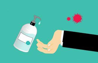 Ce se intampla cand folosesti dezinfectant pentru maini? Secretul pe care producatorii nu-l spun