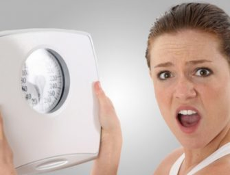 Cea mai eficienta dieta pe care o poti tine dupa Paste. Slabesti 3-4 kg in 48 de ore