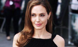 Dieta-soc a Angelinei Jolie: pierzi kilogramele in plus intr-un timp record